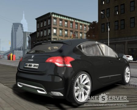 Citroën DS4 2012 vs 1.0